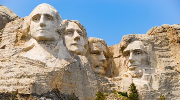A Journey to the Presidential Memorial at Mount Rushmore
